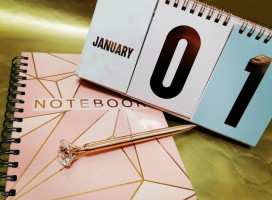 Notepad, Desktop Calendar & Pen Set